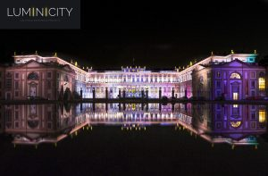 MONUMENTAAL PALEIS IN KLEUR/EVENT LED-VERLICHTING